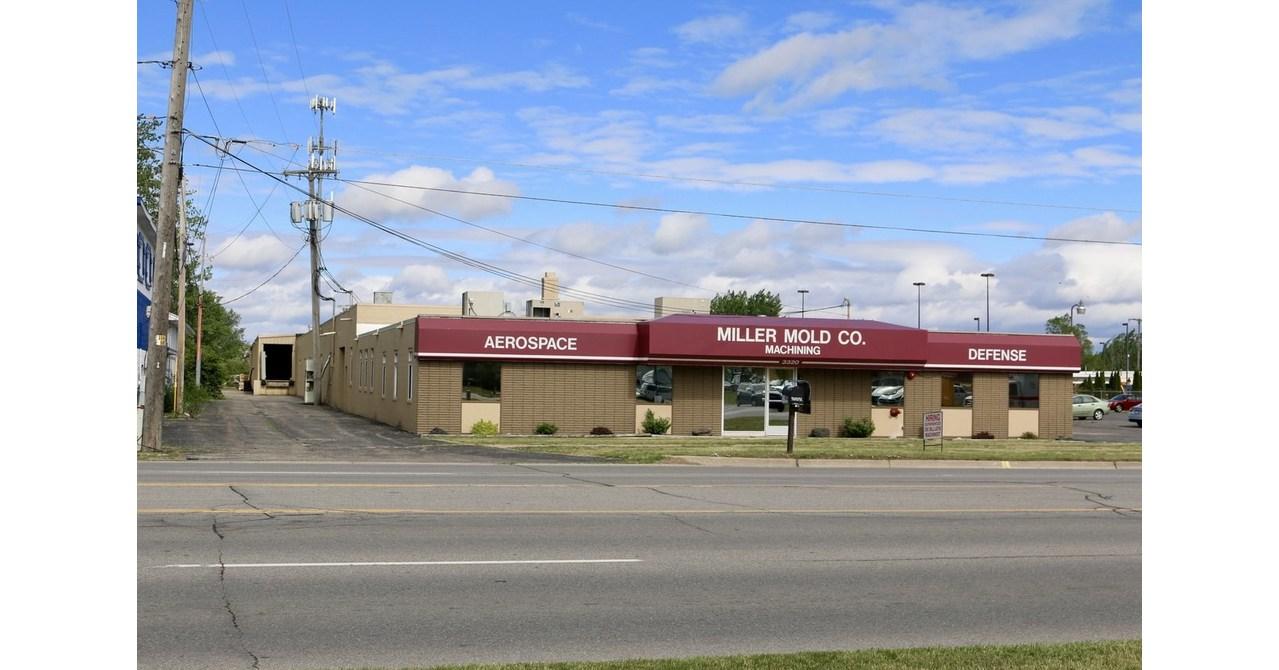 RM Capital Realty 3320 Bay Road Building Saginaw Michigan jpg?p=facebook.