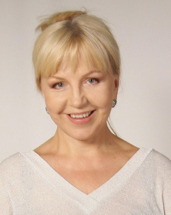 Tatiana Borsch has a career spanning more than 30 years as a renowned Russian astrologer, writer, and award-winning documentary film producer. Tatiana has an outstanding track record as a professional astrologer and has made guest appearances on many popular television shows.