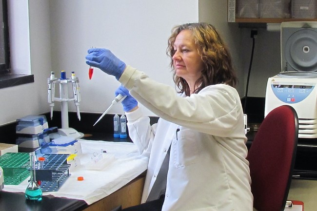 Laboratory technician and manager Daniele DeFreese works in Progentec's Oklahoma City-based laboratory.