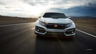 Honda Civic Type R (CNW Group/Honda Canada Inc.)