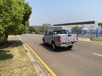 Las camionetas pickup camufladas de la serie P de Great Wall Motor son vistas en los mercados internacionales