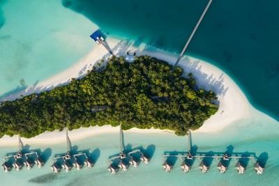 Descubra a experiência de uma villa sobre a água no Conrad Maldives Rangali Island (PRNewsfoto/Hilton)
