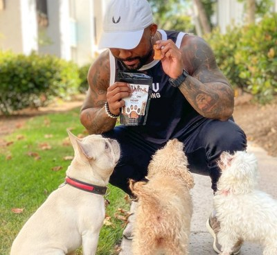 EmperorOne CBD Dog Treats are a crowd pleaser — especially during the holidays.