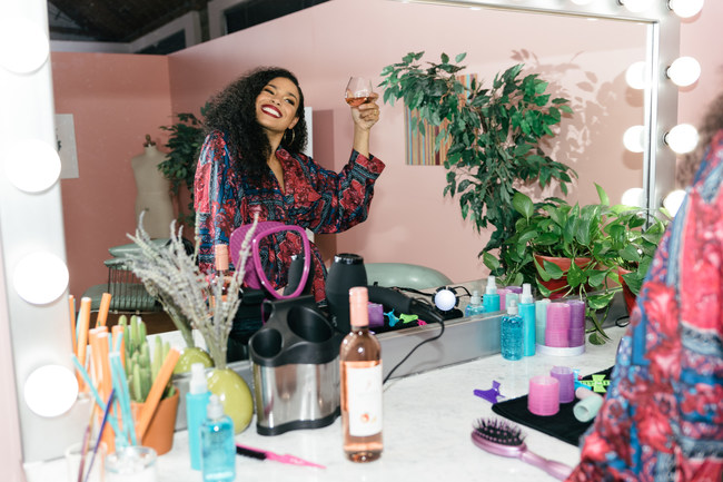 "Jordin Sparks Stars in ""We Stan For Her"" for Barefoot Wine"