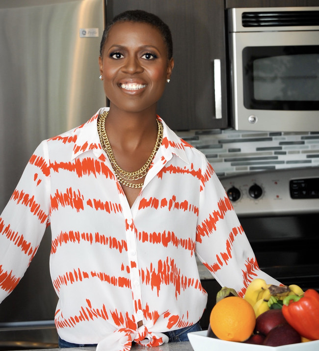 Tracye McQuirter, MPH reaches 10,000+ women as part of the 10,000 Black Vegan Women movement.