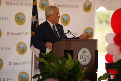 North Carolina Secretary of Commerce Anthony Copeland welcomes Nestlé Purina PetCare to the state during an event to announce plans for a new Purina pet food manufacturing facility in Rockingham County, N.C.