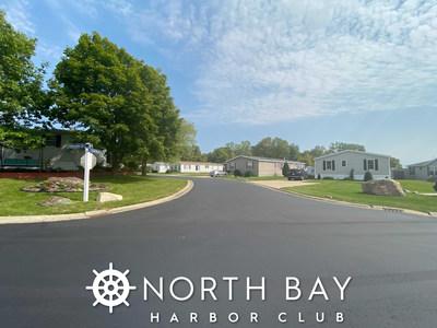 North Bay Harbor Club residents enjoy lush greenery throughout their community.