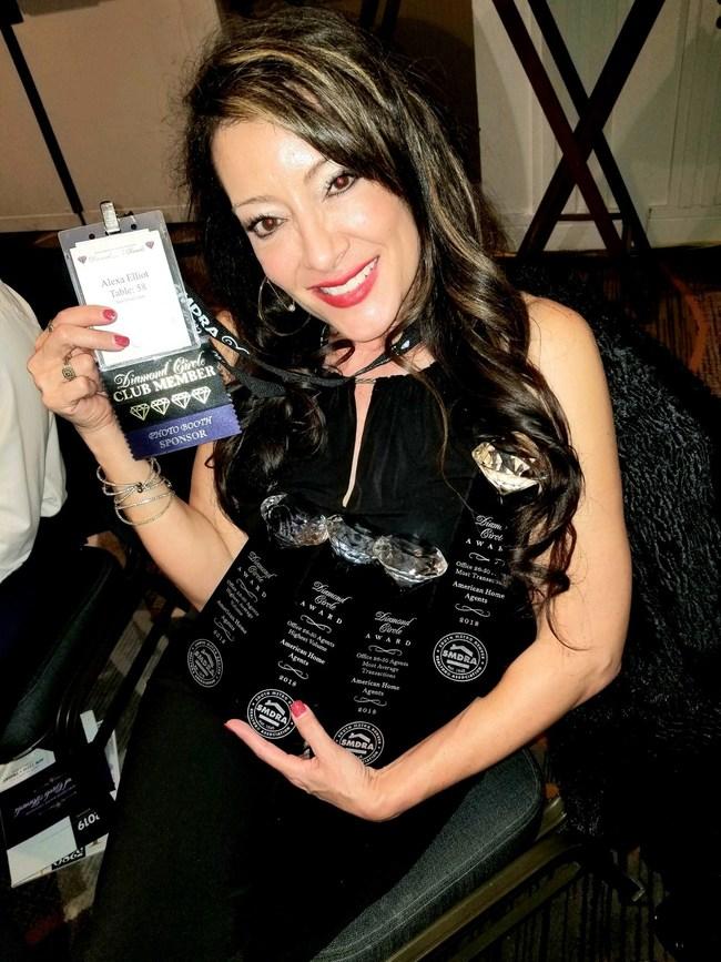 Alexa Winning her 2018 Awards