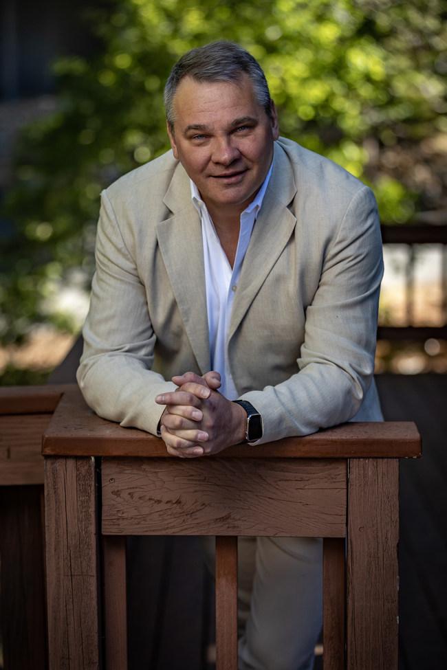 Alex Konanykhin, CEO of TransparentBusiness