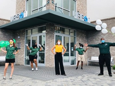Valet Living Home is powered by technology but delivered by the best people in the business. Your Valet Living residents request fitness classes, virtual events and more through a single app. Amenities are performed by trusted, insured and background checked associates for your community. The result is a resident amenity experience like no other.