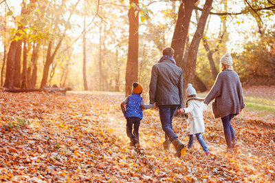 The travel experts at Club Wyndham, the nation's largest vacation ownership club, are offering a simple way for extended families and friends to gather around a new table this Thanksgiving.