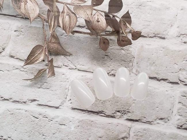 Artificial Nails, Fake Nails, Ethical Nail Tips made of 100 % Nature Biomass Biodegradable Resin