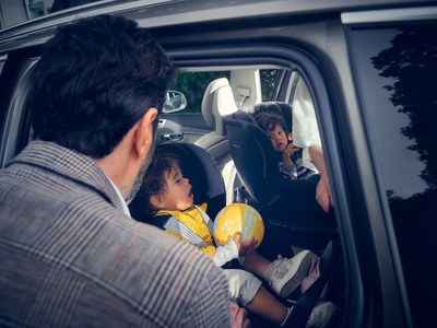 Children and Volvo Cars Safety Seats (PRNewsfoto/Volvo Cars)