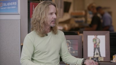 Tommy Shaw, best known as the frontman and guitarist for the rock band Styx, talks about his love of White Castle following his induction in the White Castle Cravers Hall of Fame.