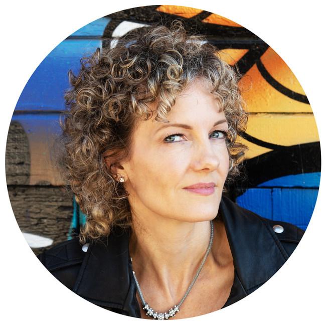 Andréa Fehsenfeld - author photo