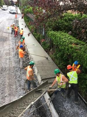 Plusieurs municipalités ont bénéficié de l'expertise de Entreprises Pearson Pelletier dans la construction de leurs trottoirs et bordures. (Groupe CNW/Entreprises Pearson Pelletier)