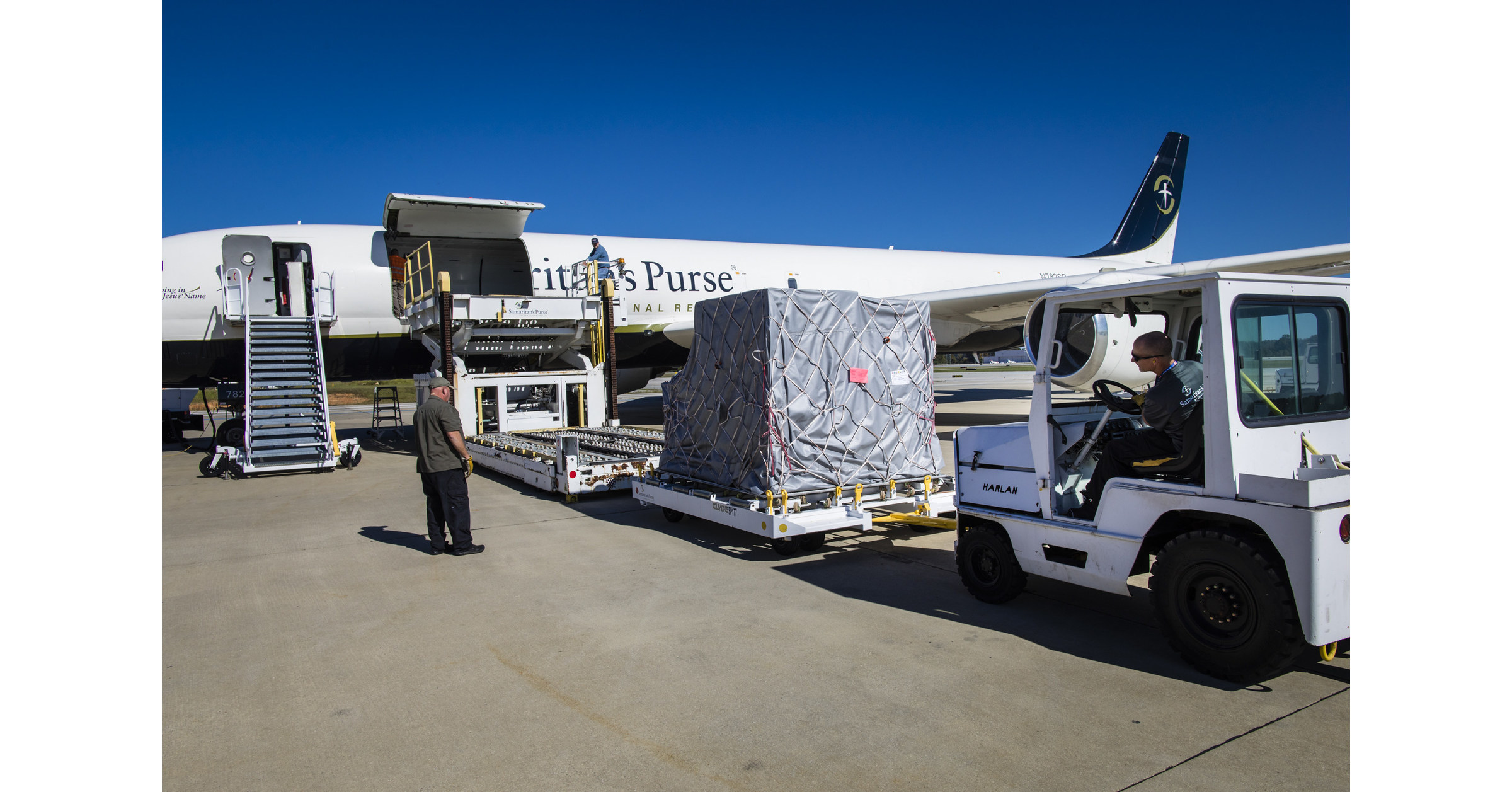 Image Samaritan's Purse Airlifts Emergency Field Hospital To The Bahamas; Adding Critical COVID-19 Capacity As Positive Cases Continue To Rise