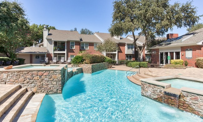 Fountains at Steeplechase's one- and two-bedroom residences average 857 square feet each. Community amenities include a clubhouse and fitness center, outdoor pool and fire pit, business center, playground, and dog park.