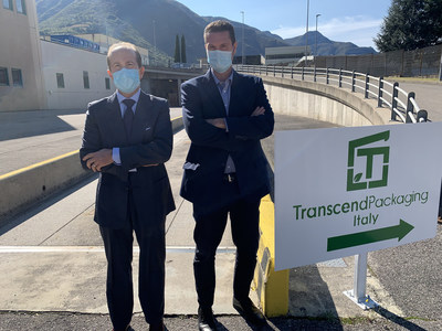 Antonio Ratti MD of ICIS/GM of Transcend Italy on the left and Lorenzo Angelucci, CEO, Transcend Packaging on the right