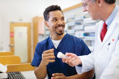 CVS Health pharmacist and pharmacist technician. (PRNewsfoto/CVS Health)