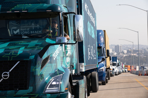 A Volvo VNR Electric recently led a clean-energy truck parade of Southern California fleet operators to commemorate the opening of the new Port of Long Beach bridge.