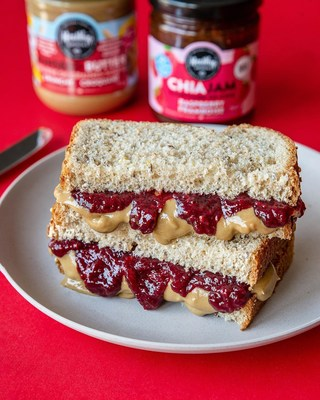 Healthy Crunch Chia Jam and Seed Butter (CNW Group/Healthy Crunch)