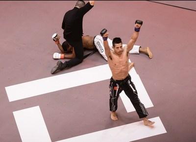 Jesús Paucarcaja López de Lima, Perú en el Karate Combat Fighting Pit. Las luchas de full contact se emiten los jueves a las 10p.m. ET, en ESPN Deportes. (PRNewsfoto/Karate Combat)