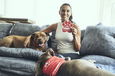 Stella & Chewy's and Soccer Star Alex Morgan Announce Initiative to Cover Senior Pet Adoption Fees in November