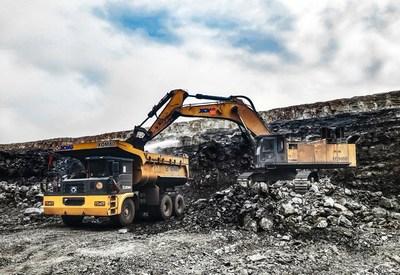 O XDM80 da XCMG está em uso no terreno da mineradora. (PRNewsfoto/XCMG)