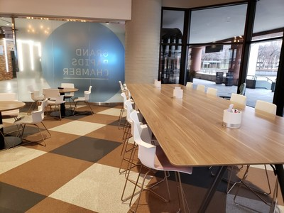 Dinoflex, a recycled rubber surfacing manufacturer announced today that the company has partnered with Concora, one of the only Digital Experience Platforms designed specifically for commercial building product manufacturers, to launch a new Digital Experience Platform. (CNW Group/Dinoflex)
