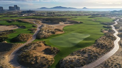 Khu nghỉ dưỡng phức hợp Hoiana vinh dự nhận cú đúp giải thưởng danh giá của World Travel Awards và World Golf Awards năm 2020