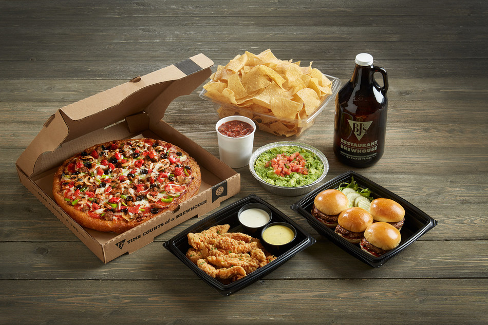 BJ's Restaurant & Brewhouse Homegating Bundle with Growler