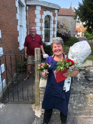 Tina and Ray Brook celebrated their 26th wedding anniversary, socially distant. IHG surprised the couple with a makeup anniversary trip to Hotel Indigo Stratford-Upon-Avon.
