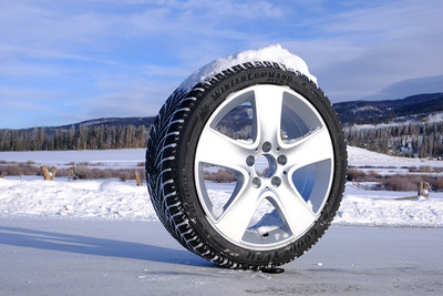 Goodyear WinterCommand Ultra is a premium studless tire that offers optimal grip for drivers looking to maximize traction and elevates starting and stopping power in winter driving conditions. Popular vehicle applications include the Audi A6, BMW 3 Series, Nissan Rogue, Dodge Charger, Volvo XC90 and GMC Acadia.