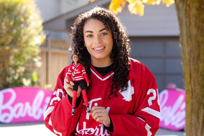 There are two Tim Hortons Hockey Barbie dolls to choose from, which come with a Tim Hortons hockey jersey, helmet, hockey stick, a doll stand and Certificate of Authenticity. The Tim Hortons Hockey Barbie makes a great gift for collectors and kids aged six years and up and sells for $29.99. (CNW Group/Tim Hortons)