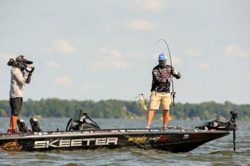 Fans can catch live coverage of all nine Bassmaster Elite Series tournaments and the Academy Sports + Outdoors Bassmaster Classic presented by Huk courtesy of a new partnership between FOX Sports and Bassmaster.
