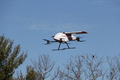 Drone Delivery Canada's Robin XL Drone in flight (CNW Group/Drone Delivery Canada)