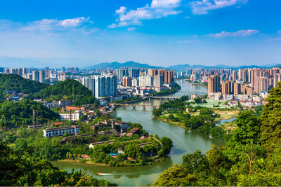 Cenas do rio Liuyang localizado na cidade de Liuyang, província de Hunan na China Central. (PRNewsfoto/Xinhua Silk Road)