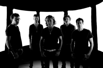 """Platinum-selling band Collective Soul contributes new version of its anthem """"Shine"""" to inspire acts of humanitarian service through CUMULUS MEDIA's nationwide call to volunteerism, PROJECT SHINE. Visit: https://www.cumulusmedia.com/shine/ to connect to a nonprofit you love through PROJECT SHINE and to hear Collective Soul's new version of """"Shine""""."""