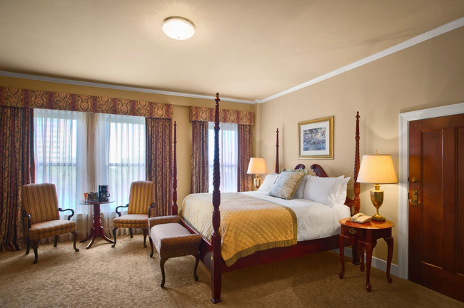 While always the height of luxury the older rooms required updating to contemporary decor and modern amenities.