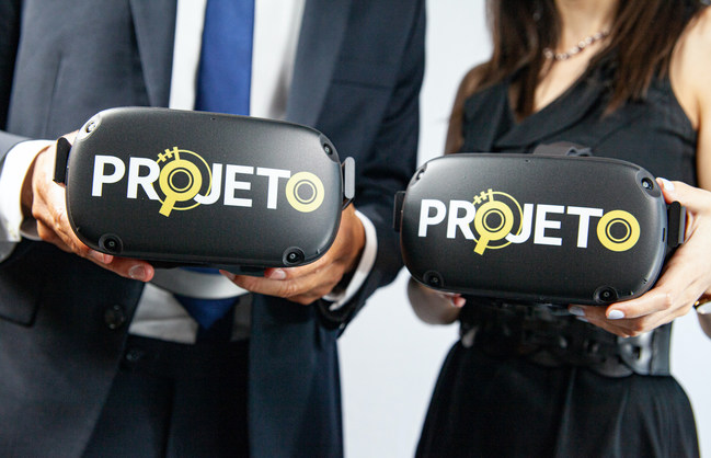 PROJETO VR system in the hands of two real estate agents at Urban District Realty, LLC in Washington, DC. The Agent, on the right, uses PROJETO software for client showings in the residential market, while Agent, on the left, uses PROJETO primarily for commercial leasing. PROJETO available for licensing in 2021.