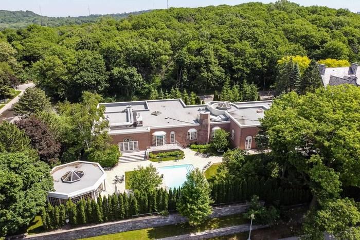 Transaction immobilière résidentielle record à Westmount! (Groupe CNW/Profusion Immobilier)