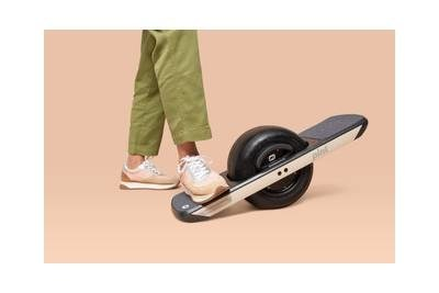 Onewheel Black Friday deals are huge this year