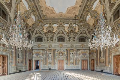 Palazzo Serristori frescoed ballroom