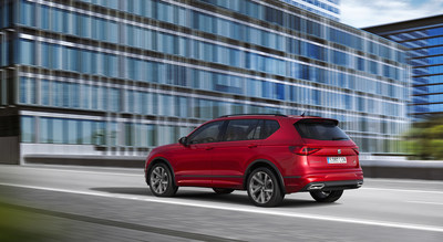 SEAT electrifies its large SUV as the Tarraco e-HYBRID enters production