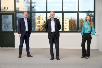 (Left to Right) Nordic's CTO Svein-Egil Nielsen, CEO Svenn-Tore Larsen, and HR Director Katarina Finneng, warmly welcome the company's first Wi-Fi employees