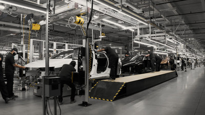 Lucid is already building a final series of production-representative Lucid Air at its factory, leveraging advanced processes such as an aircraft-inspired riveted and bonded monocoque body structure to endow Lucid Air with state-of-the-art structural efficiency. Customer-ordered production cars will start coming off the Arizona line in Spring 2021, with an initial capacity of up to 30,000 units annually growing to 400,000 units in 2028. (PRNewsfoto/Lucid Motors)