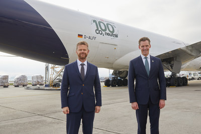 (Left) Peter Gerber, CEO of Lufthansa Cargo, and Jochen Thewes, CEO of DB Schenker (image source LH Cargo)