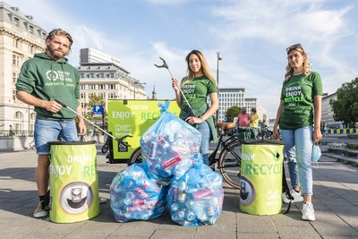Every can counts recycling embassadors collecting aluminium drinks cans which are infinitely recyclable. (PRNewsfoto/Every Can Counts Europe)