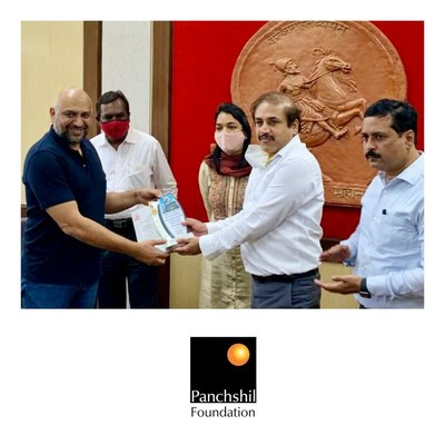 Mr. Vikram Kumar, Hon. Municipal Commissioner, Pune Municipal Corporation (PMC) today felicitated Panchshil Foundation—the CSR wing of Panchshil Realty